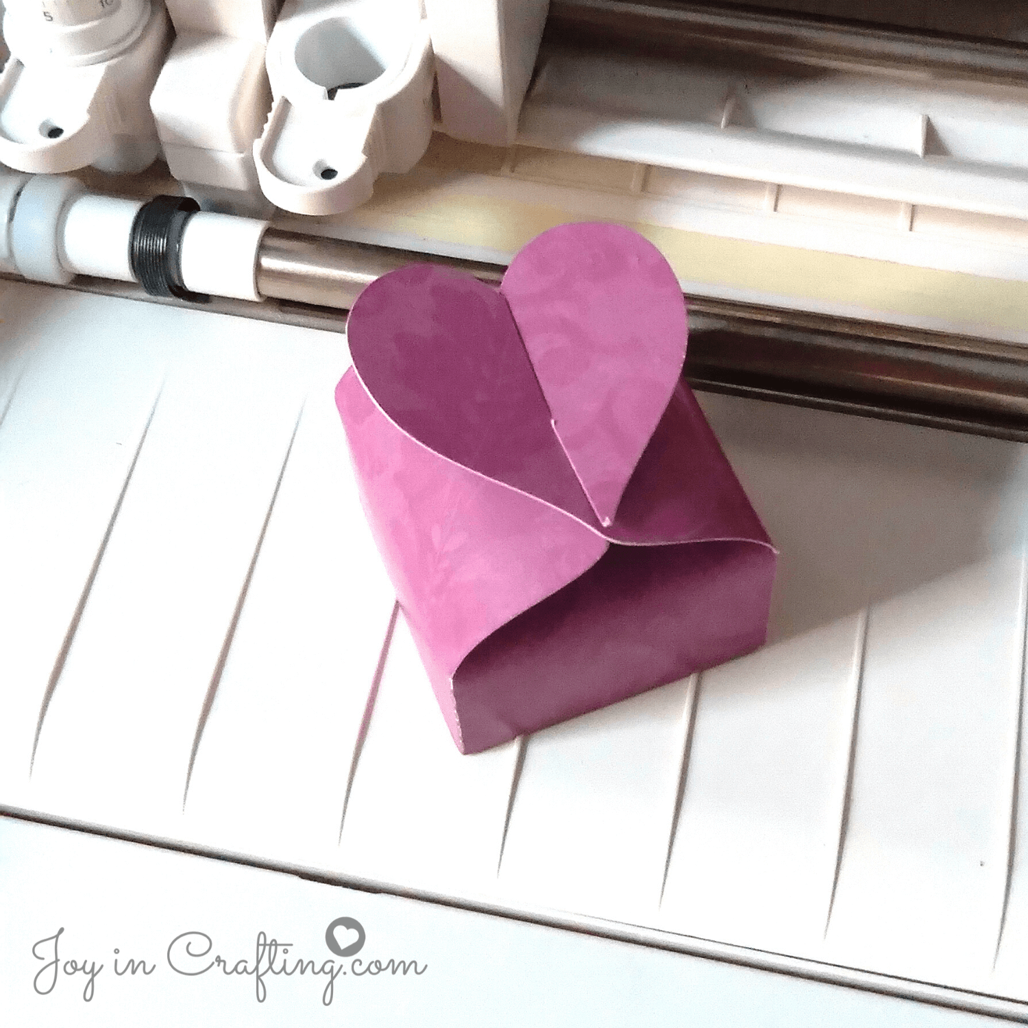Lovely Heart Interlock Box Template
